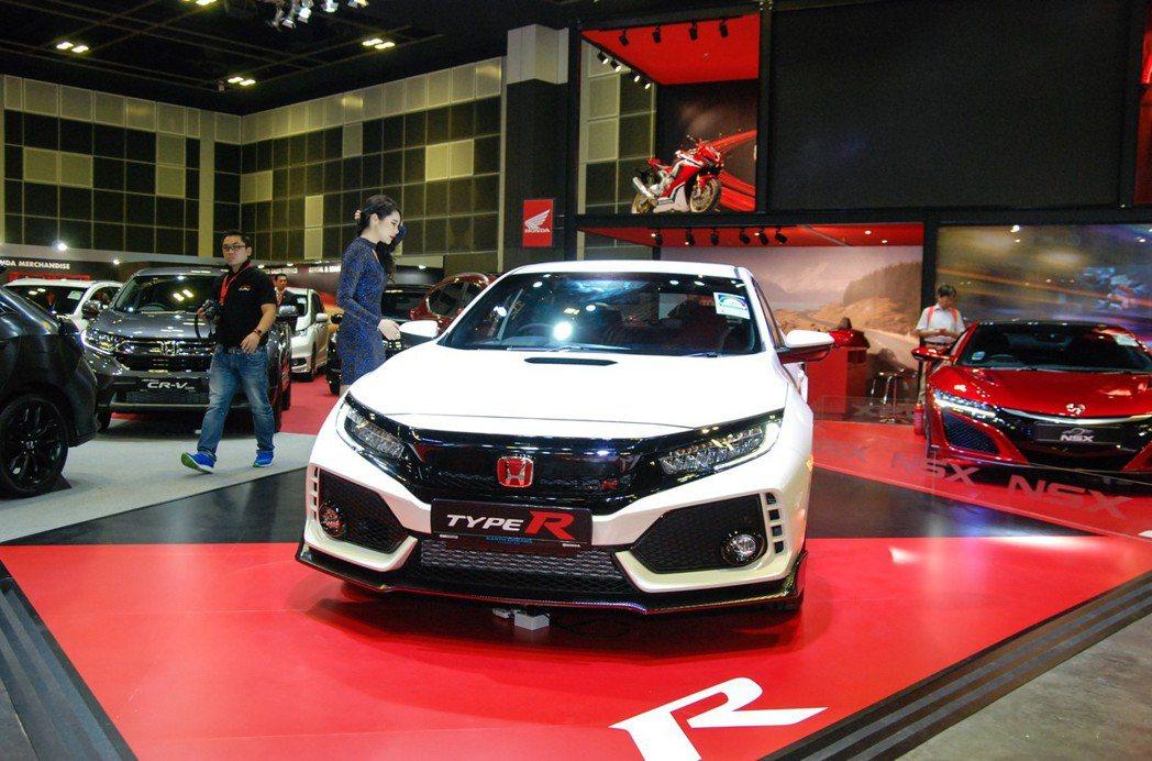 Honda FK8 Civic Type-R只有熱血兩字可形容。 記者林鼎智/攝影