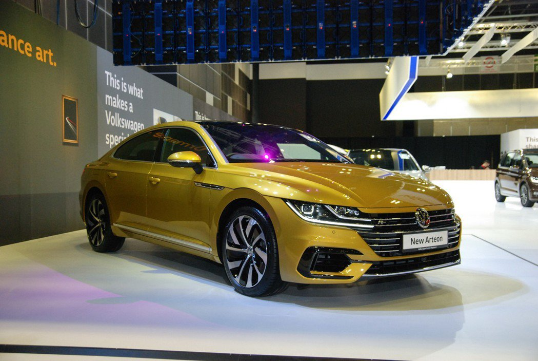 Volkswagen Arteon 定位為CC的後續車款,B柱後採Coupe ...