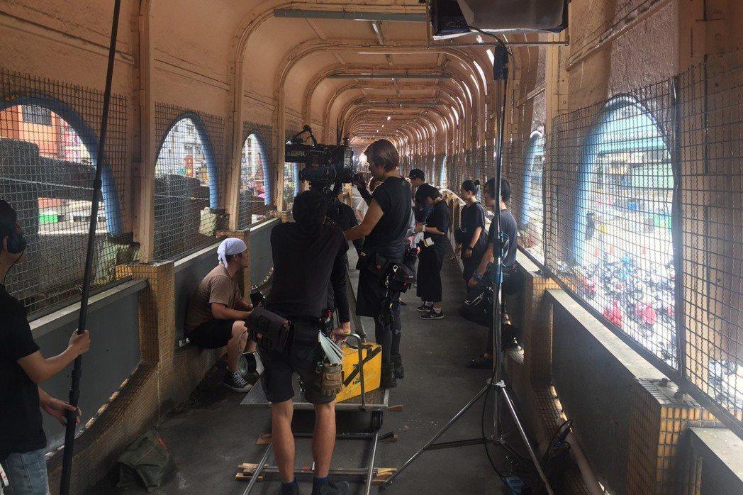 電影公司在基隆拍片情形。圖/基隆市政府提供