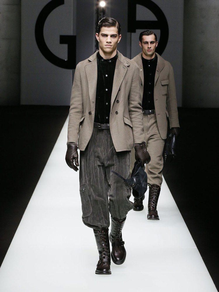 Giorgio Armani在男人難忘的昔日回憶和冒險中找尋靈感,裝扮著穿著考究...