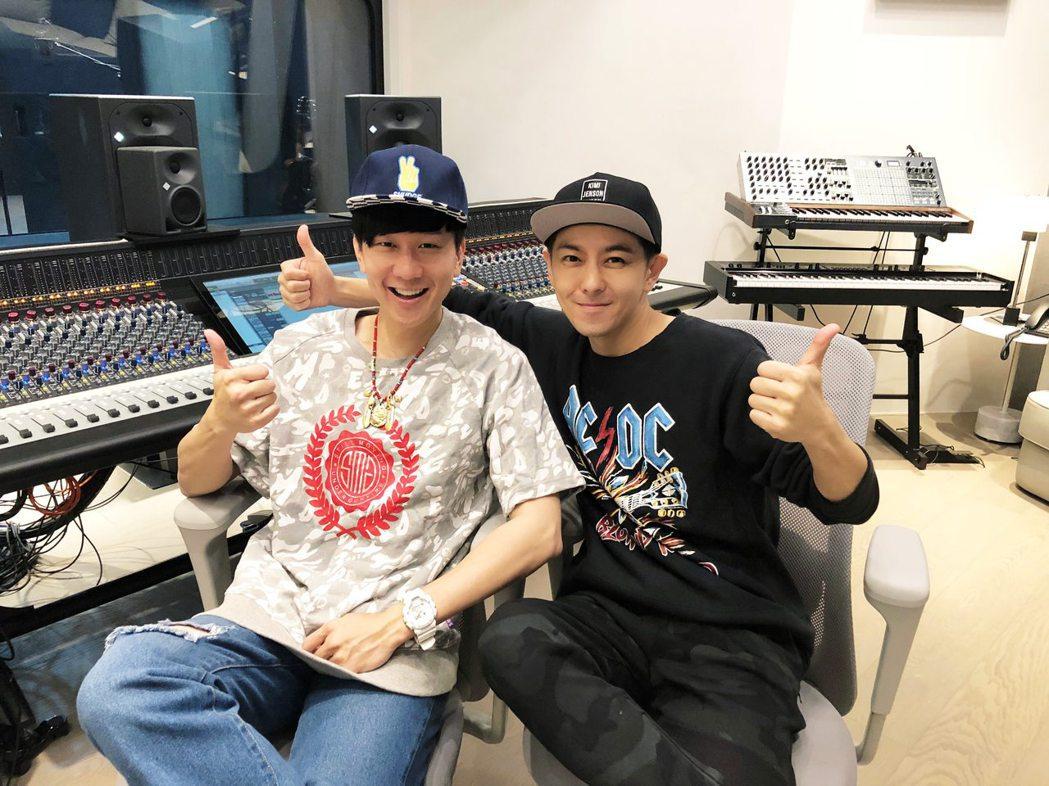 林志穎找來林俊傑(左)擔任專輯製作人。圖/娛人制造提供