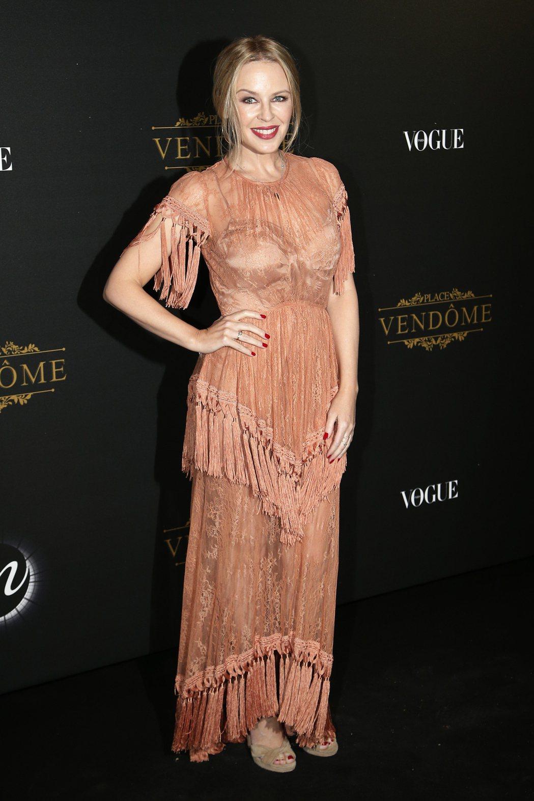 凱莉米洛去年10月出席巴黎時尚周活動。美聯社
