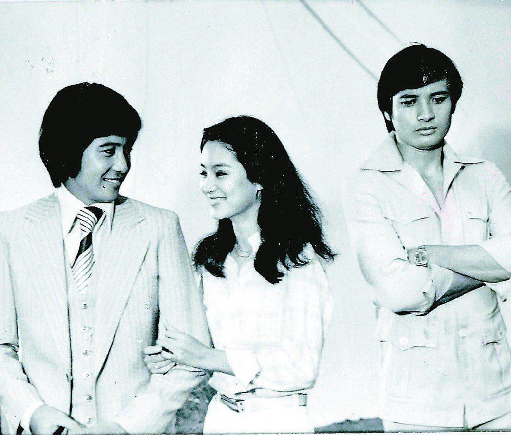 秦漢(左起)、林青霞、秦祥林是經典名片「我是一片雲」的三大卡司。 圖/聯合報系資...