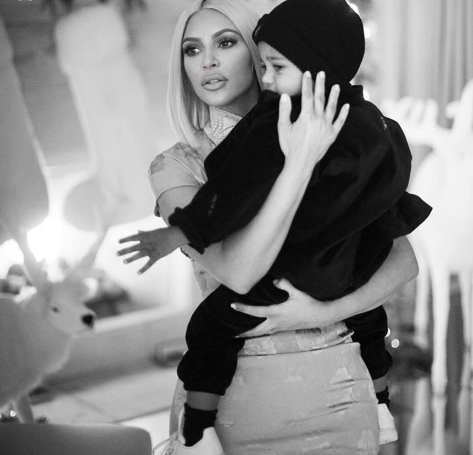 金卡戴珊(Kim Kardashian)。圖/擷自臉書