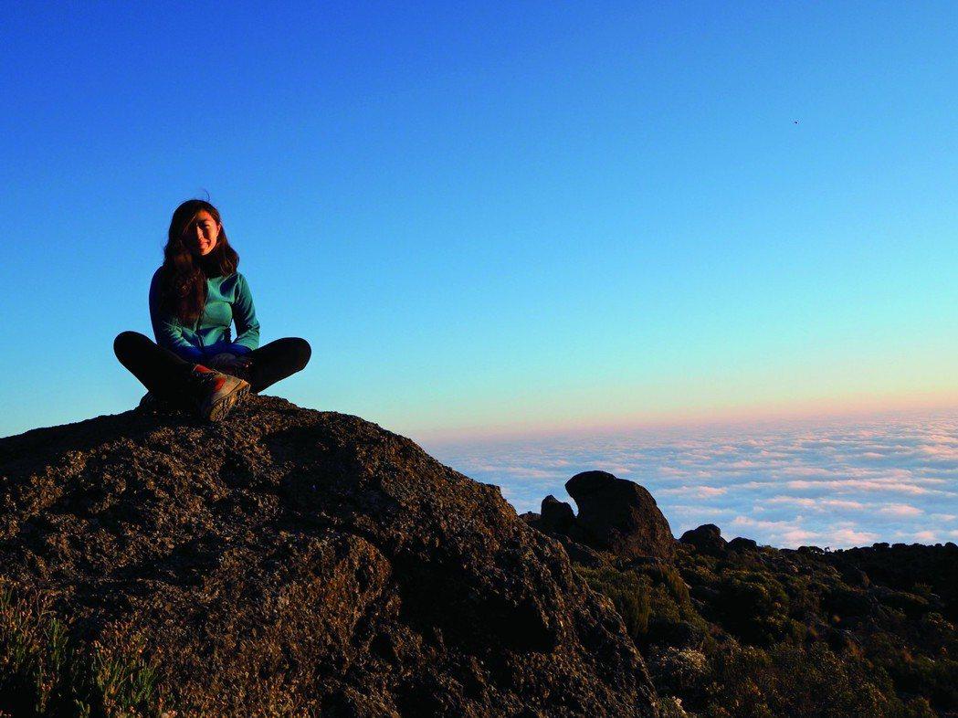 《成為更強大的自己》作者南谷真鈴,是日本最年輕登頂世界七大洲最高峰的紀錄保持者。...