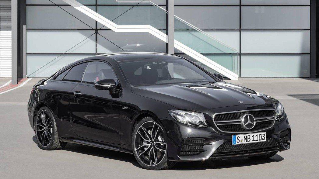 AMG E53 coupe。 摘自Mercedes-Benz