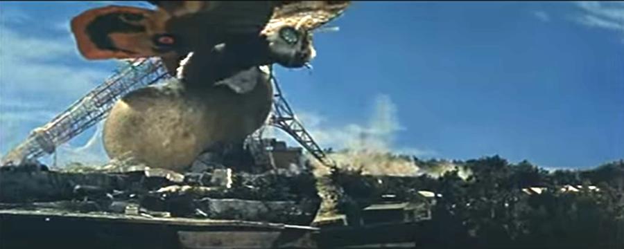 摩斯拉是日本怪獸電影中第一個攻擊東京鐵塔的怪獸。 圖/維基共享