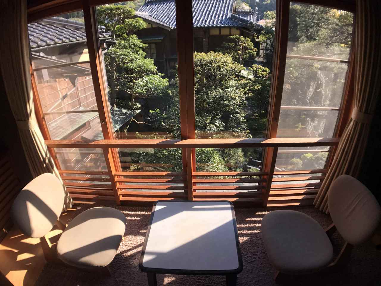 入住西村屋招月庭窗外庭園景緻。圖/有行旅提供。