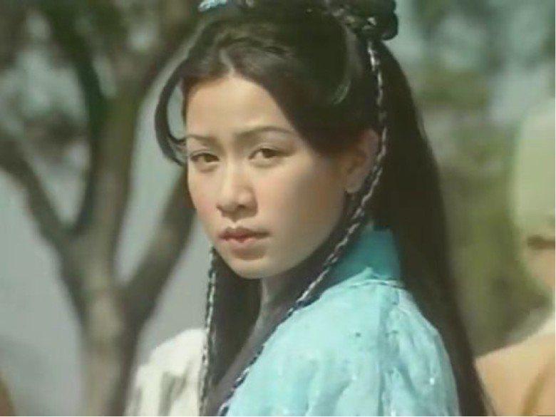 佘詩曼飾演周芷若也曾轟動。圖/翻攝自YouTube