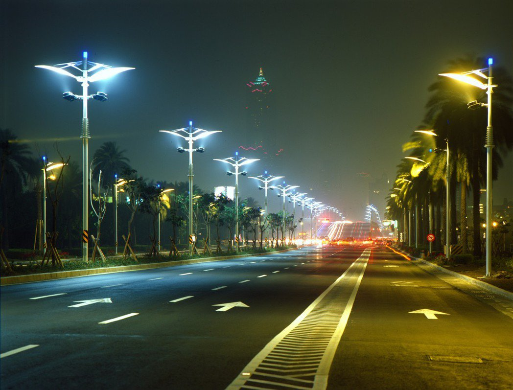 中山路是高雄的中軸線,象徵這個城市的形象大道。 攝影/張世雅