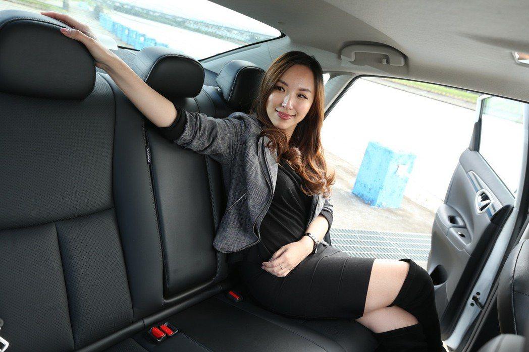 御姐愛選車一定要坐得舒服。 記者陳立凱/攝影