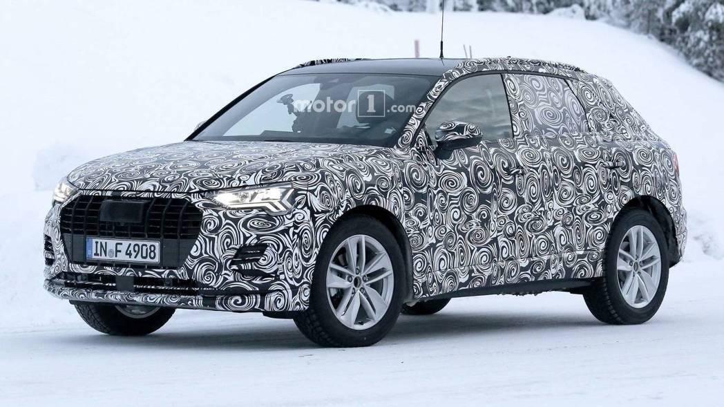 Audi Q3偽裝車。 摘自Motor1
