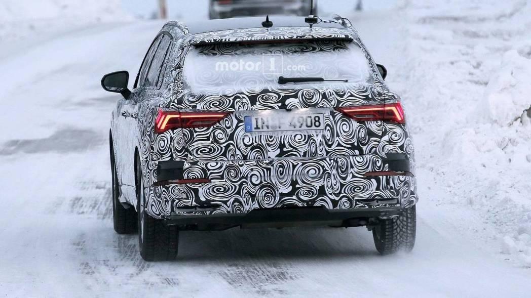 Audi Q3 偽裝車。 摘自Motor1
