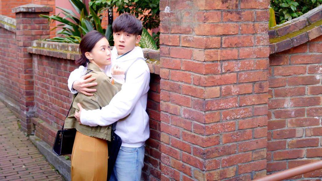 小樂(右)與鍾瑶。 圖/三立提供
