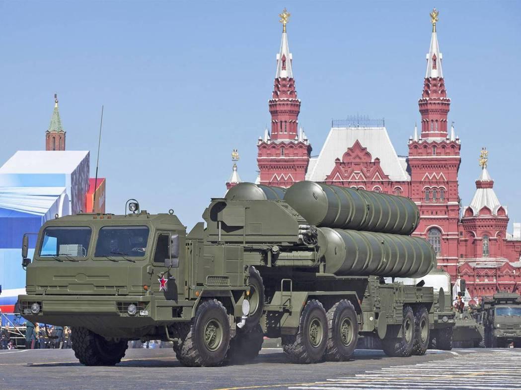 俄羅斯媒體報導,俄國S-400防空飛彈系統已運往大陸,若在大陸沿海部署,射程可涵...