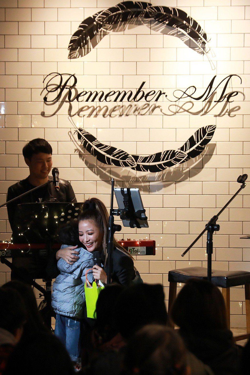 黃美珍19日舉辦生日會。圖/webtvasia x 上行娛樂提供