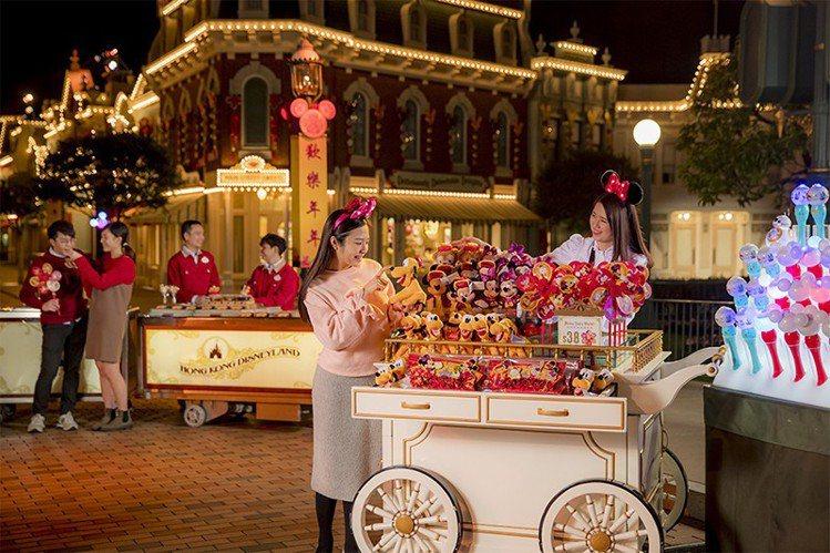 首次舉辦的迪士尼新春市集。圖/香港迪士尼樂園提供