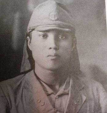 1941年11月,張子涇任日本海軍陸戰隊通譯官。 圖/遠足文化提供