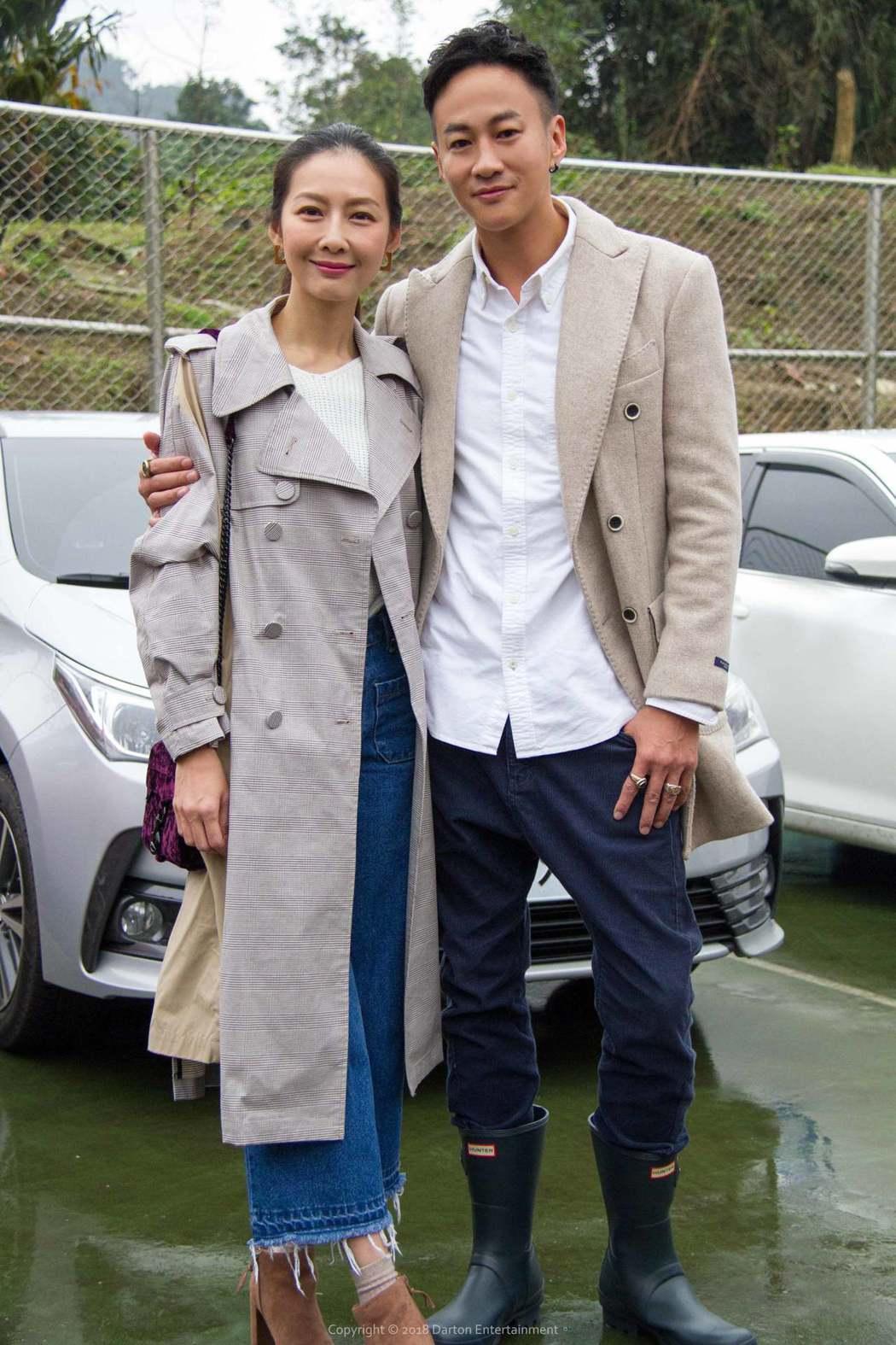 何潤東(右)帶老婆peggy一起作公益。圖/達騰娛樂提供
