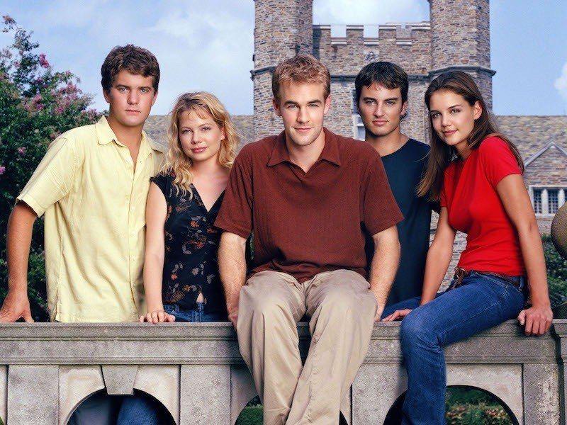 經典偶像劇集「戀愛世代」20周年,凱蒂荷姆絲(右起)、寇爾史密斯、詹姆斯范德比、...