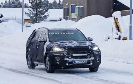 小改款Hyundai Tucson 冬季測試中捕獲