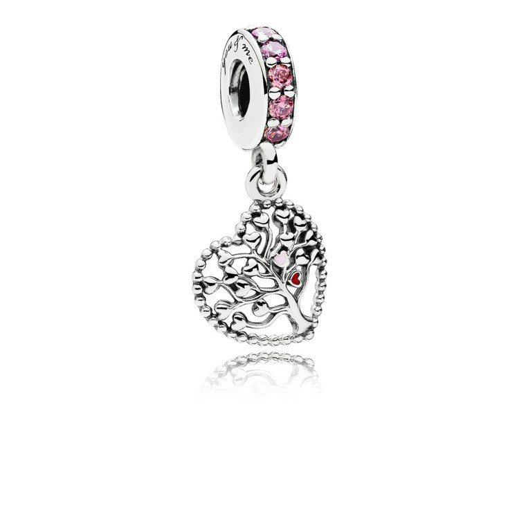 愛情樹粉紅琺瑯925銀鋯石吊飾,1,980元。圖/PANDORA提供