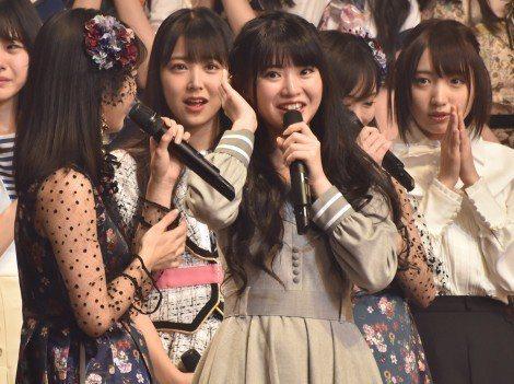 在日本打拼2年的馬嘉伶努力終於有了回報!她20日出席AKB48活動,現場宣布3月14日發行的第51張單曲參與成員,首度點名到她。她也是首位外籍成員進入單曲選拔,創下AKB48成軍13年來的先例。馬嘉...
