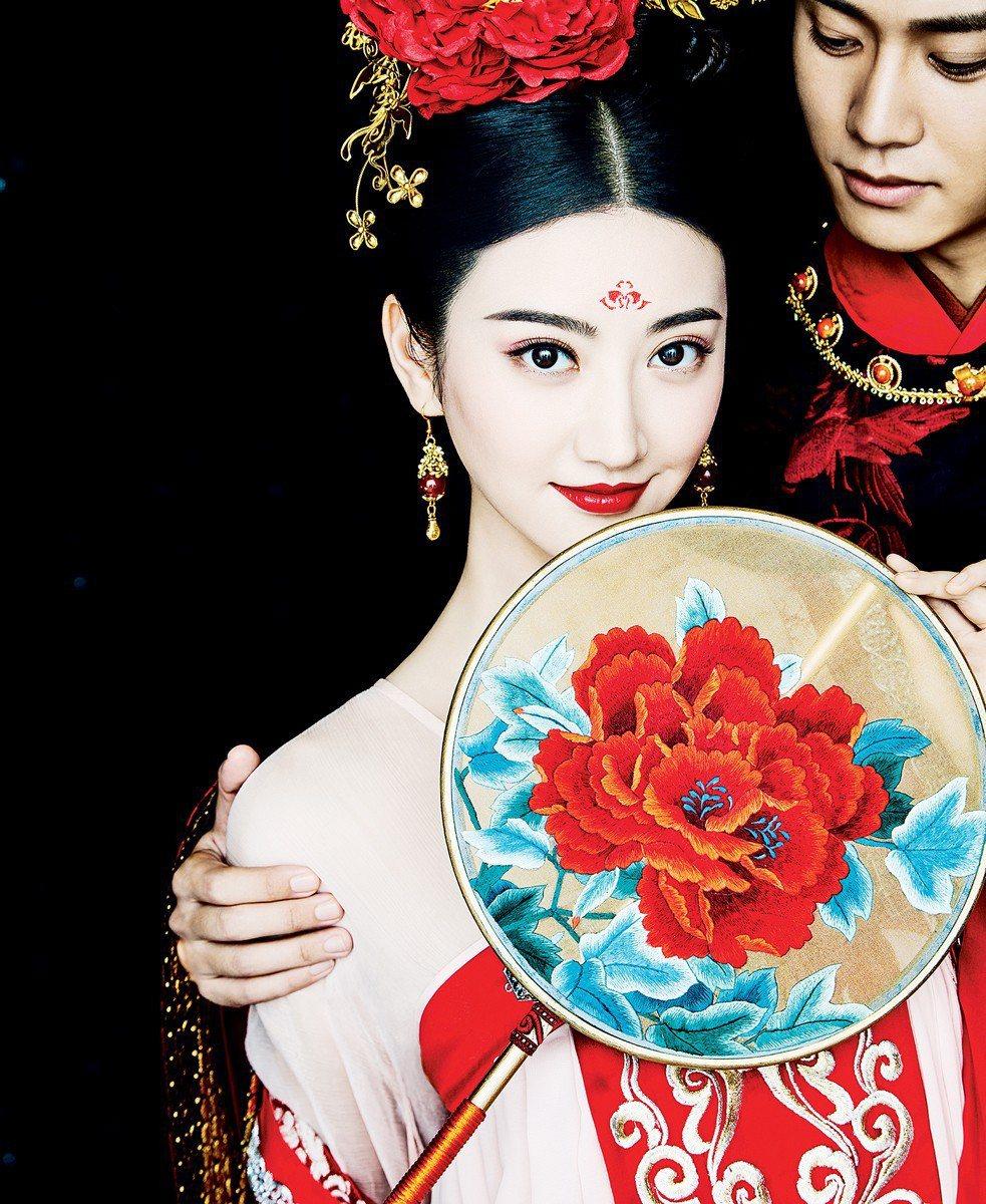 景甜在「大唐榮耀」戲中,造型令人驚艷。圖/東森戲劇台提供
