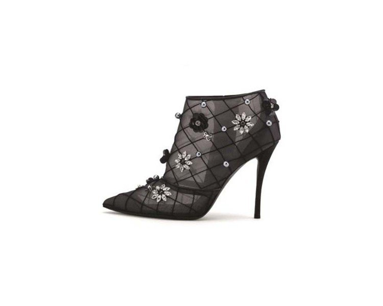 Roger Vivier黑色網狀綴立體花飾高跟短靴,售價19,600元。圖/Ro...