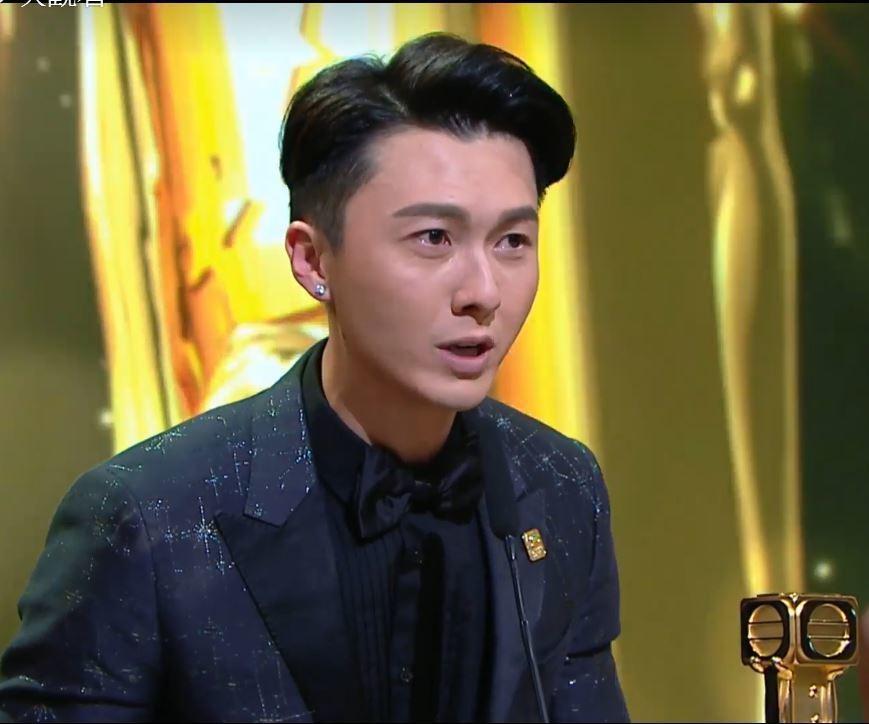 萬千星輝頒獎典禮,王浩信成雙料視帝。 圖/翻攝自TVB