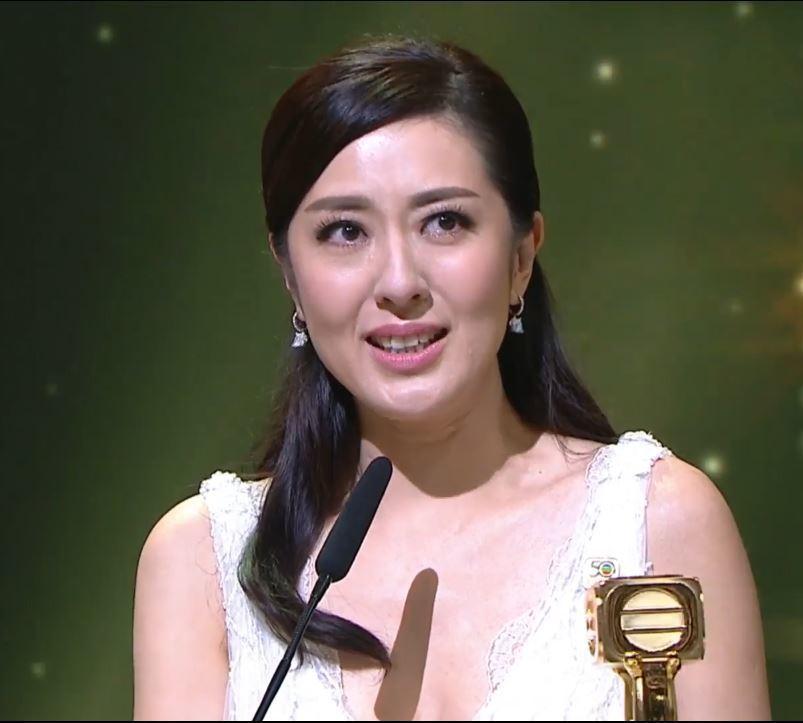 萬千星輝頒獎典禮,唐詩詠封后。 圖/翻攝自TVB