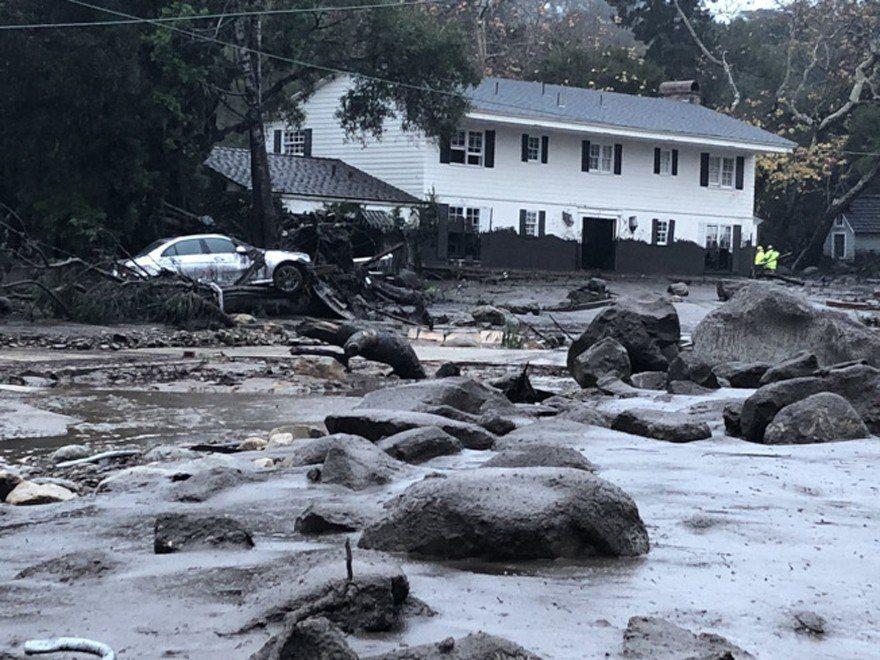 Montecito遭遇嚴重土石流,大量房舍被沖毀。(圖/聖塔芭芭拉縣消防單位提供...