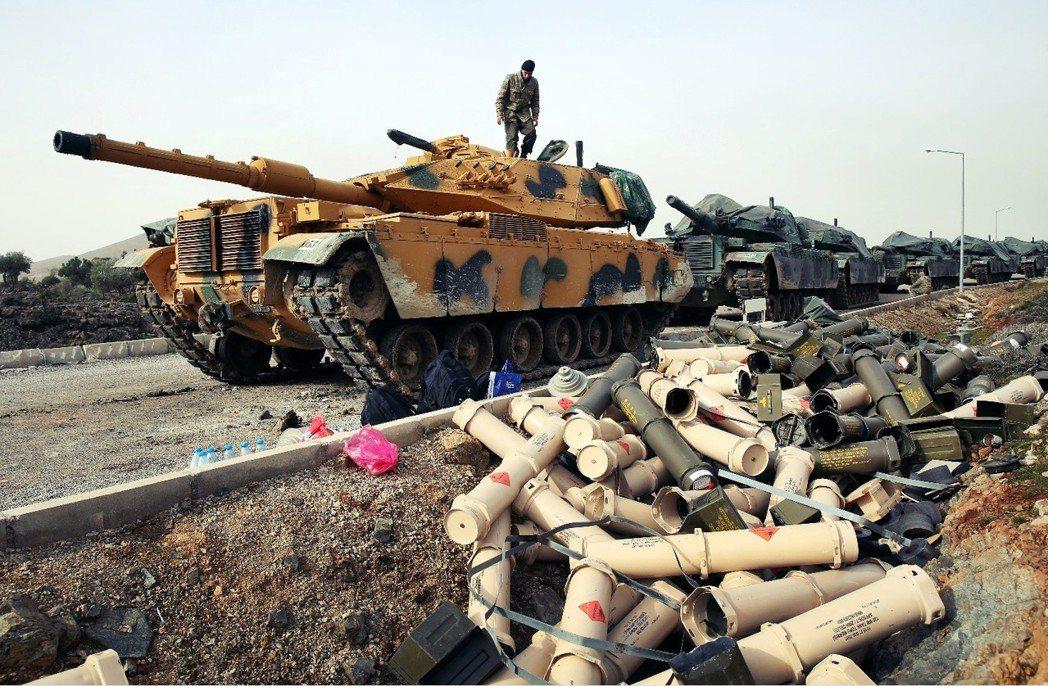 土耳其的敘利亞攻略:土軍首傳陣亡,庫德軍增援待機