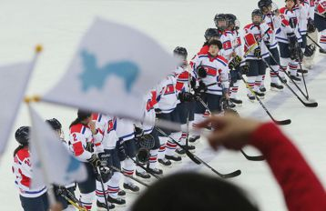 政治綁架體育?平昌冬奧,南北韓組隊的輿論延燒