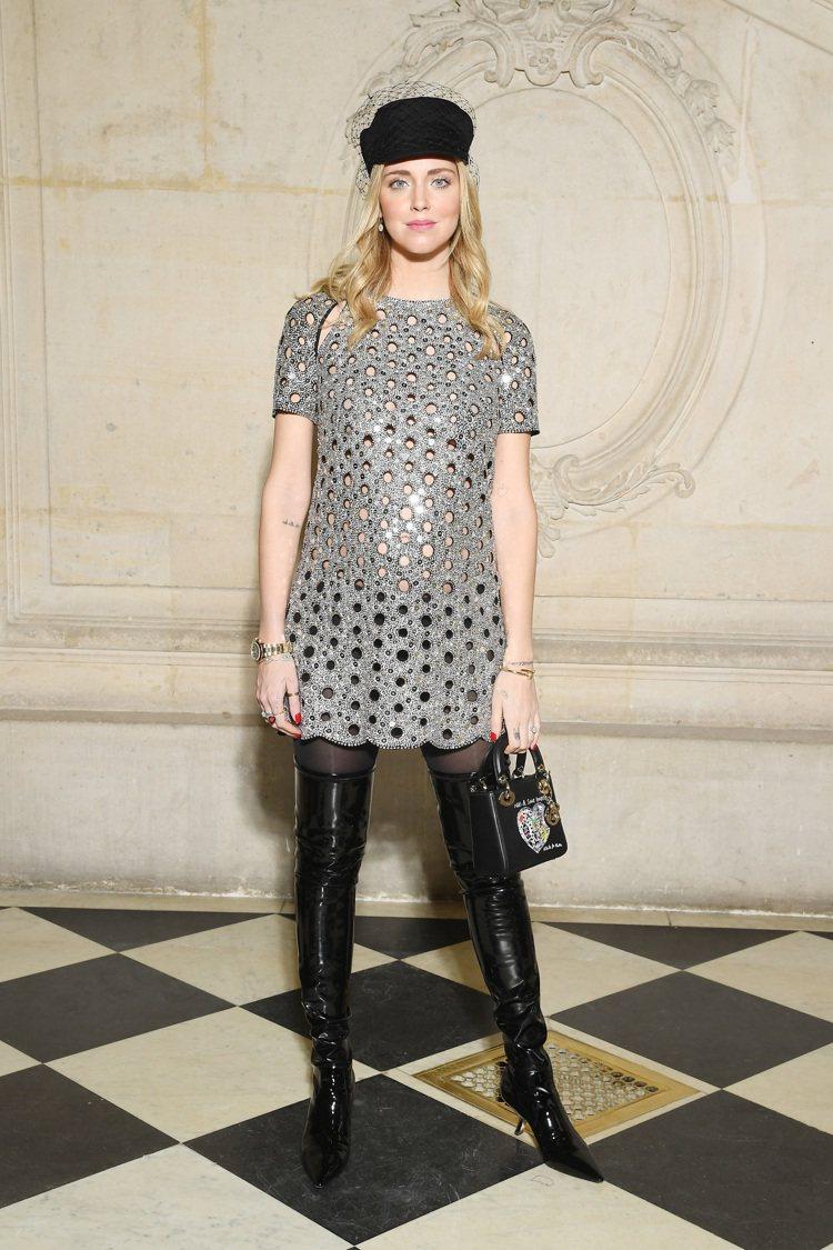 Chiara Ferragni身為孕婦,穿搭表現超級亮眼。圖/Dior提供