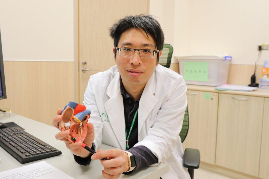 亞洲大學附屬醫院心臟血管外科主任劉殷佐提醒,糖尿病患者免疫功能相對不佳,平時應遵...