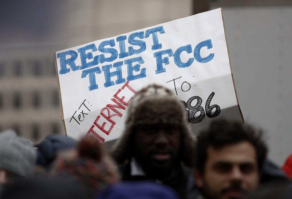 2017年5月時FCC就初步投票通過,決議廢除之前要求網路服務供應商遵守的網路中...