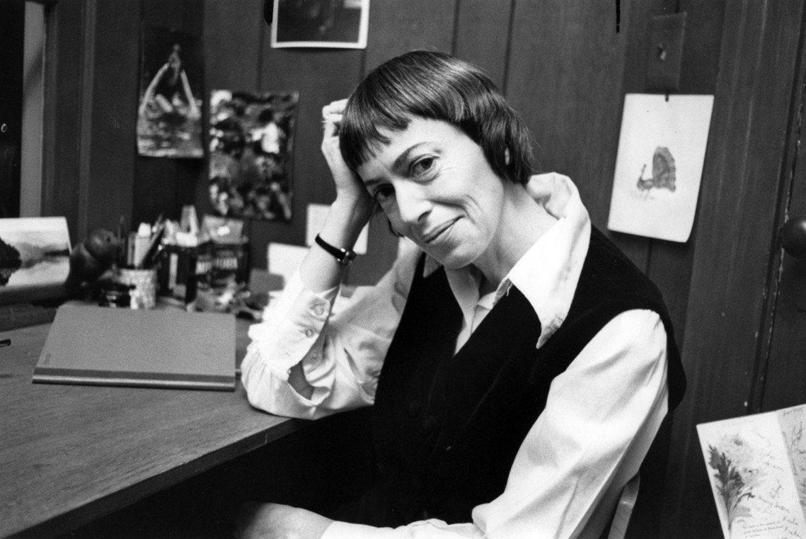 以《地海》系列聞名的作家美國奇幻作家娥蘇拉.勒瑰恩辭世,享壽88歲。圖為勒瑰恩攝...