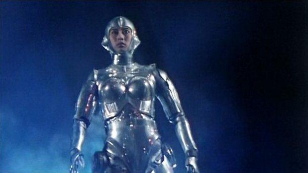 葉蒨文這個女機器人造型是參考影史經典科幻片所打造。圖/摘自HKMDB