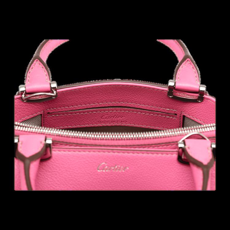卡地亞 C de Cartier 粉紅藍寶石色迷你手提包細節。圖/卡地亞提供