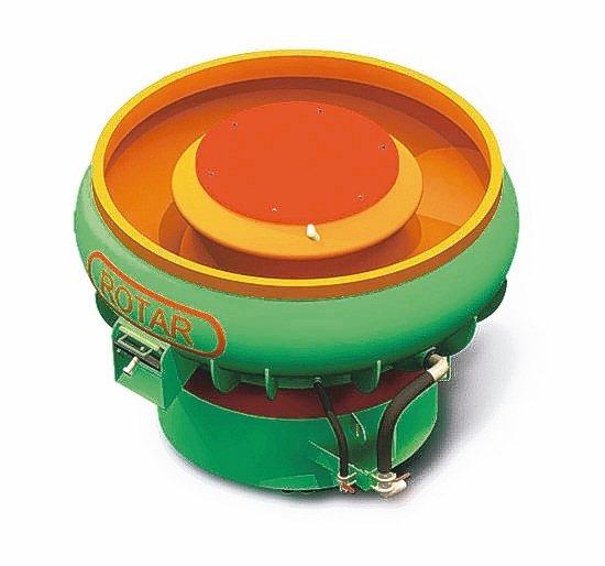 春錫機械工業公司首創「球型三次元振動研磨機」打造LV等級工件。 春錫機械工業公司...