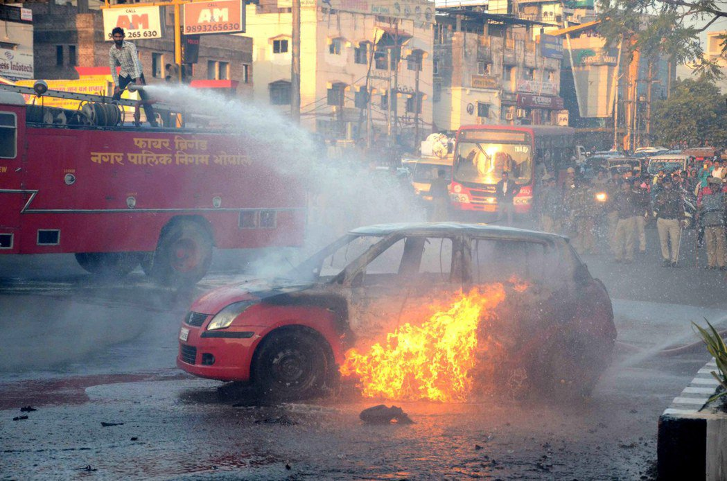 不准王后愛上穆斯林!寶萊塢電影引印度暴動