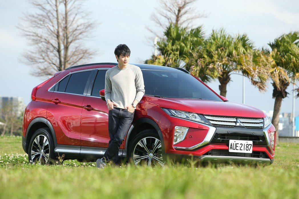 Mitsubishi Eclipse Cross帥氣外型,讓禾浩辰好想要。 記者...