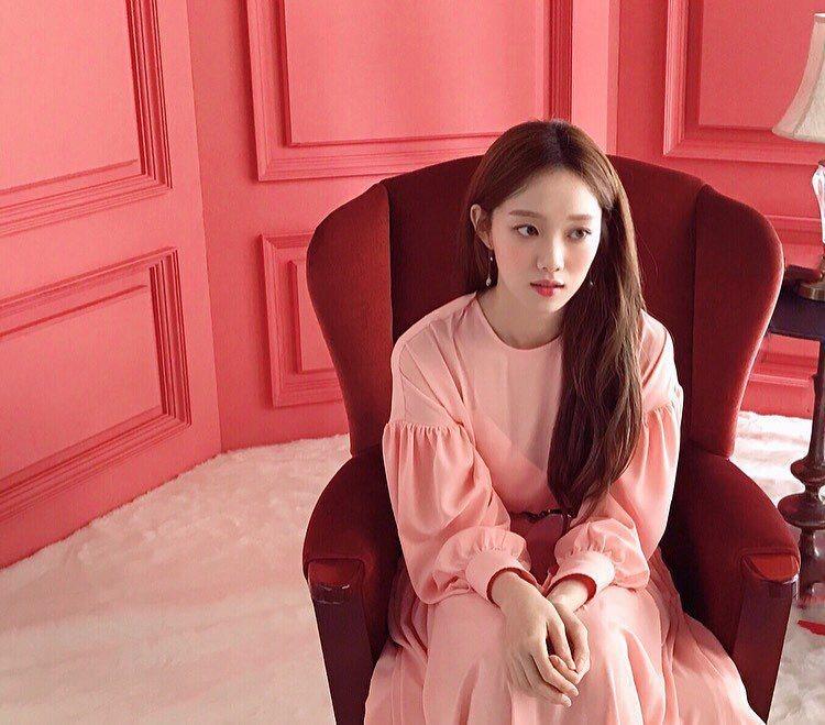 韓國女星李聖經。圖/擷自instagram