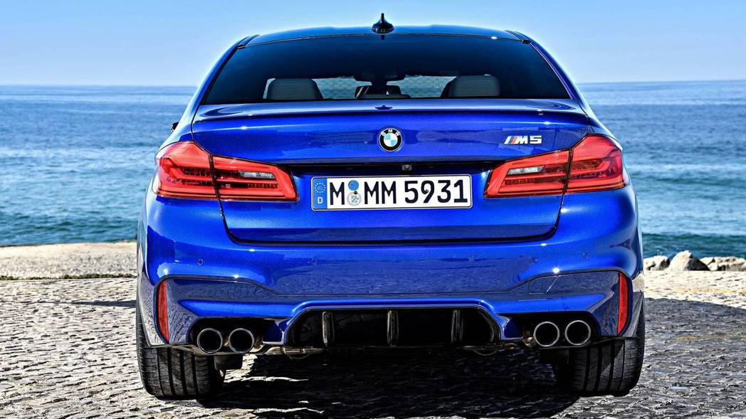 F90 M5。 摘自BMW