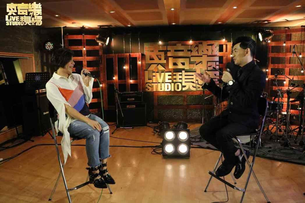 江美琪做客黃子佼的「真音樂現場」。圖/鑫盛傳媒提供