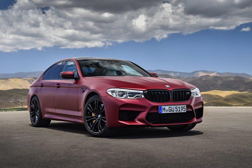 BMW M5。 摘自BMW