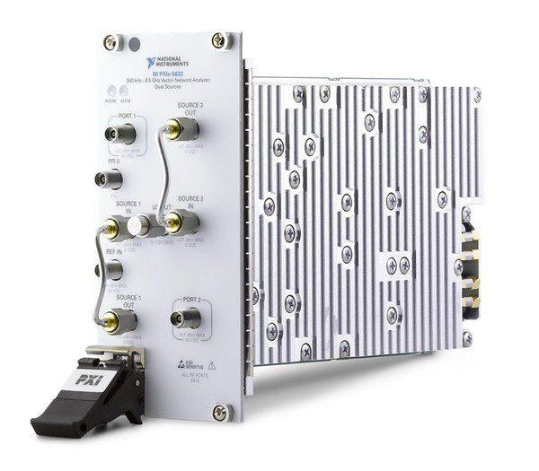 圖4 : NI PXIe-5632向量網路分析器(VNA)。 圖片...