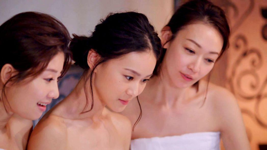 朱芷瑩(左起)鍾瑶和潘慧如拍泡湯戲  圖/三立提供