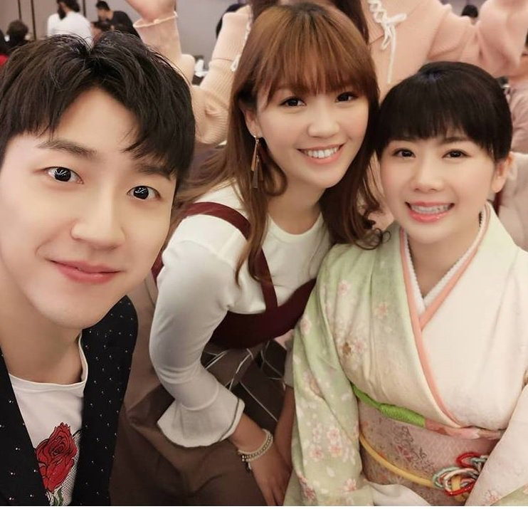 江宏傑(左)帶老婆福原愛(右)參加公司尾牙。圖/摘自臉書